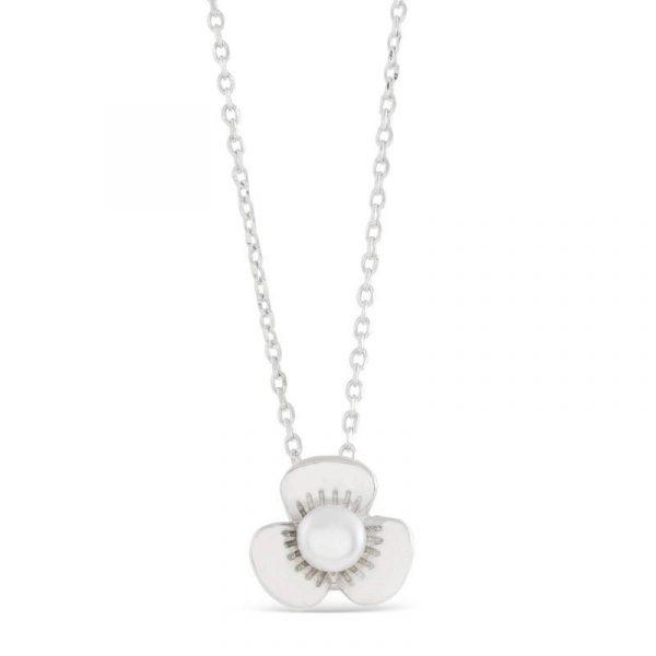Elegantna ogrlica od srebra sa biserom