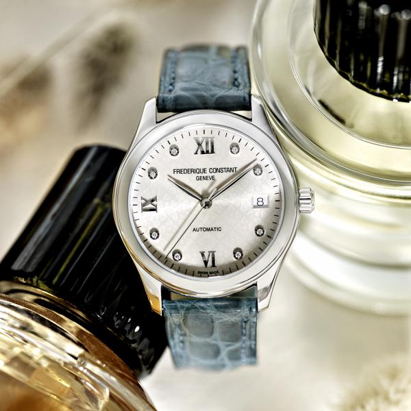 Ženski švajcarski sat