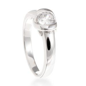 Klasičan prsten od srebra