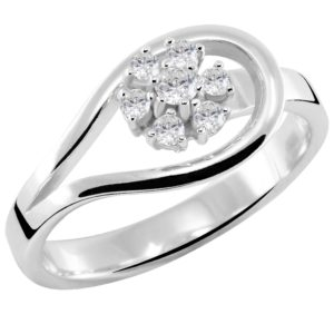 Interesantan prsten sa dijamantima
